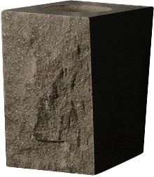 vase dark taperedp2